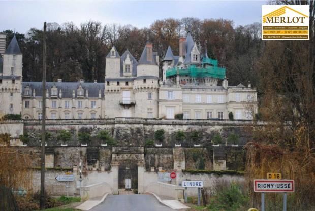 Restauration de couverture ardoise - Chateau de Rigny-Ussé (37) - Sarl MERLOT Richelieu - Charpente Couverture Indre et Loire - Région Centre - Val de Loire - France